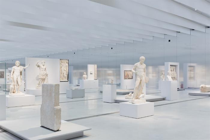 Le Louvre Lens [fresque interactive et sonore] !! Louvre13