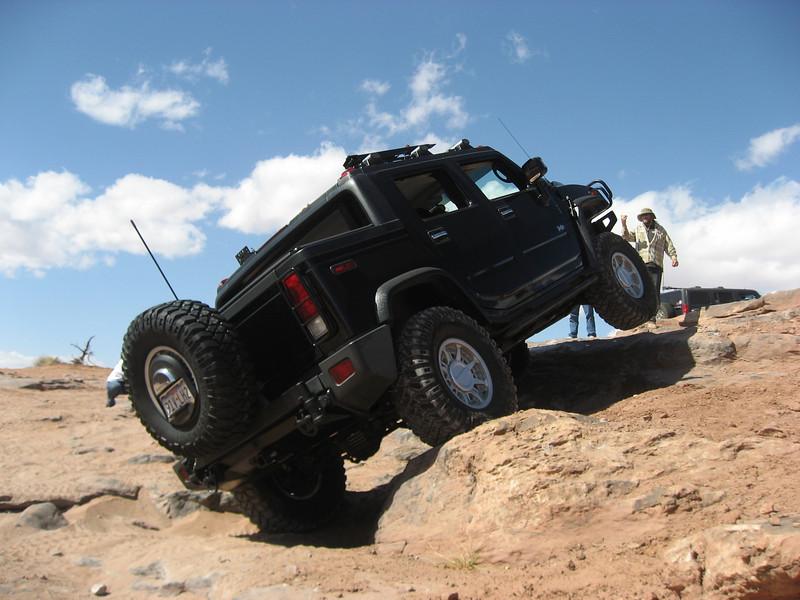 Photos Hummer H2 extrême off rod  - Page 2 Black210