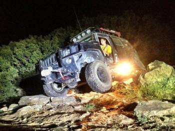 Photos Hummer H2 extrême off rod  - Page 2 Phptkl10