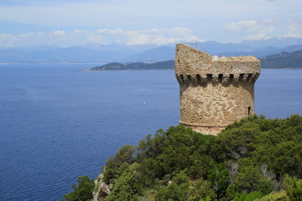 Les Tours Génoises du littoral Corse - Page 2 Img_0917