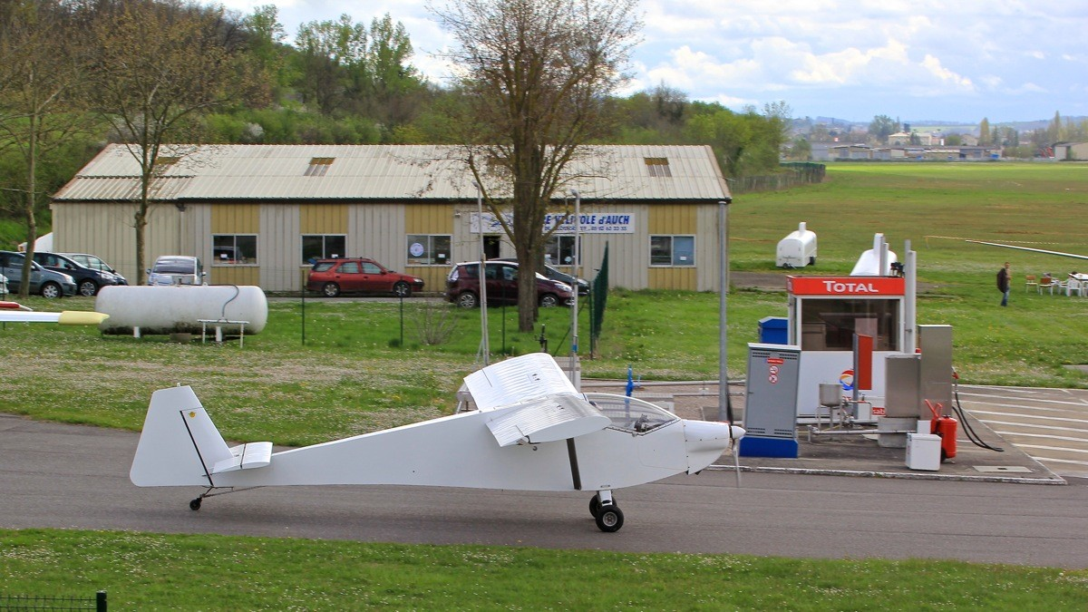 Aérodrome d'Auch - Lamotte Img_7010