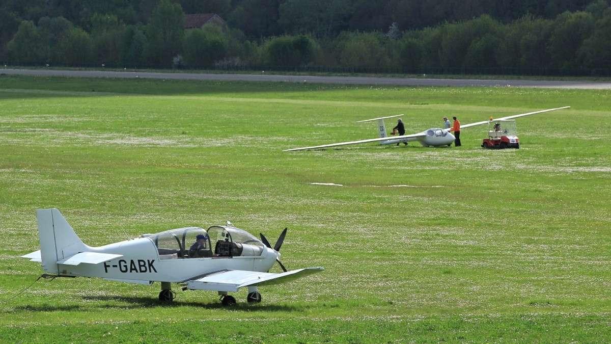Aérodrome d'Auch - Lamotte Img_7011