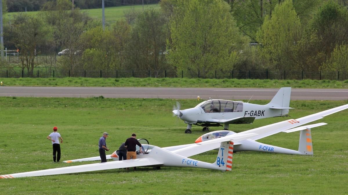 Aérodrome d'Auch - Lamotte Img_7012