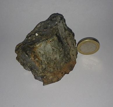 minéral métallique, c'est quoi? 62499010