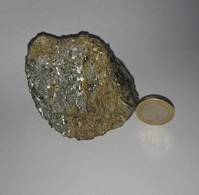 minéral métallique, c'est quoi? 64207510