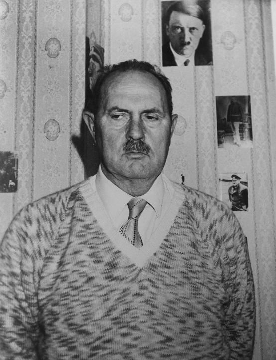 Le fils d'Hitler... Jean-m11