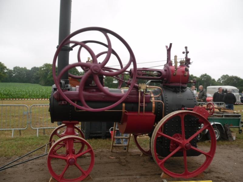 Rassemblement véhicules anciens à la Chaize le Vicomte le 13 juillet 2014 Chaize12