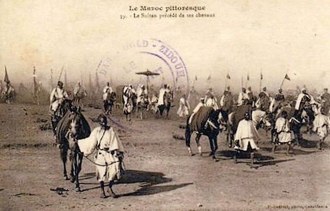 HUBERT-JACQUES : Les journées sanglantes de fez, avril 1912. - Page 2 Bascan27