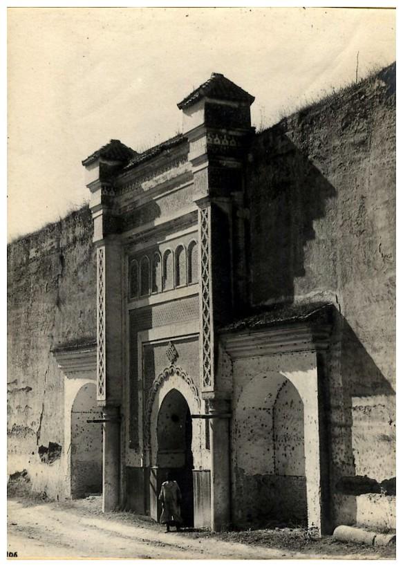HUBERT-JACQUES : Les journées sanglantes de fez, avril 1912. - Page 3 Bascan32