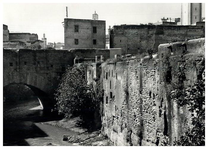 HUBERT-JACQUES : Les journées sanglantes de fez, avril 1912. - Page 3 Bascan34