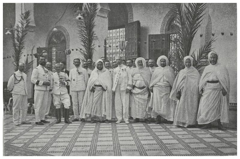 HUBERT-JACQUES : Les journées sanglantes de fez, avril 1912. - Page 12 Fez_0015