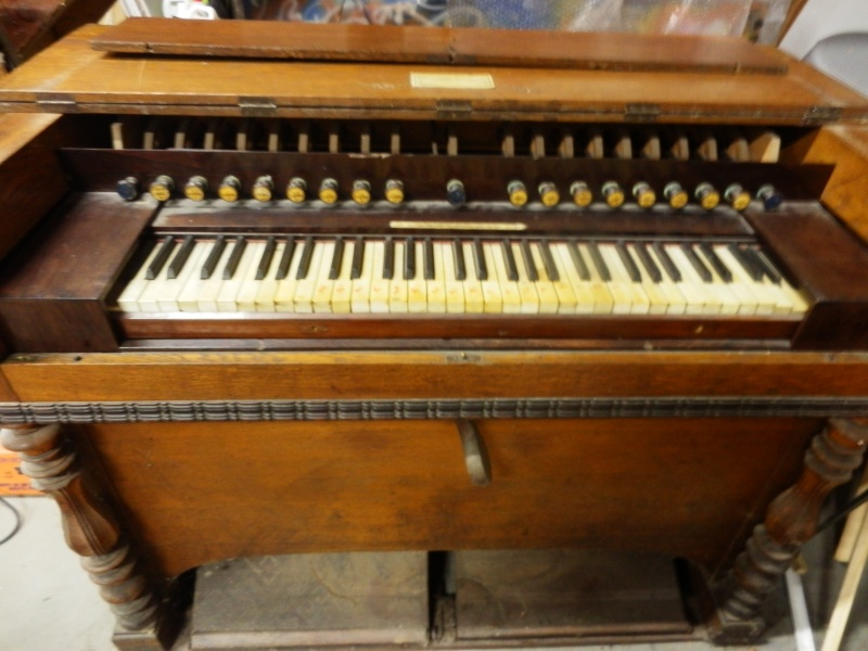 Harmonium Rousseau (ancien) P5192013