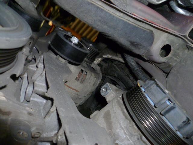 Remplacement alternateur Dodge Caliber 2.0 CRD P1010722