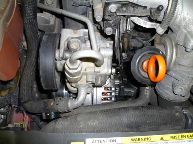 Remplacement alternateur Dodge Caliber 2.0 CRD P1010731