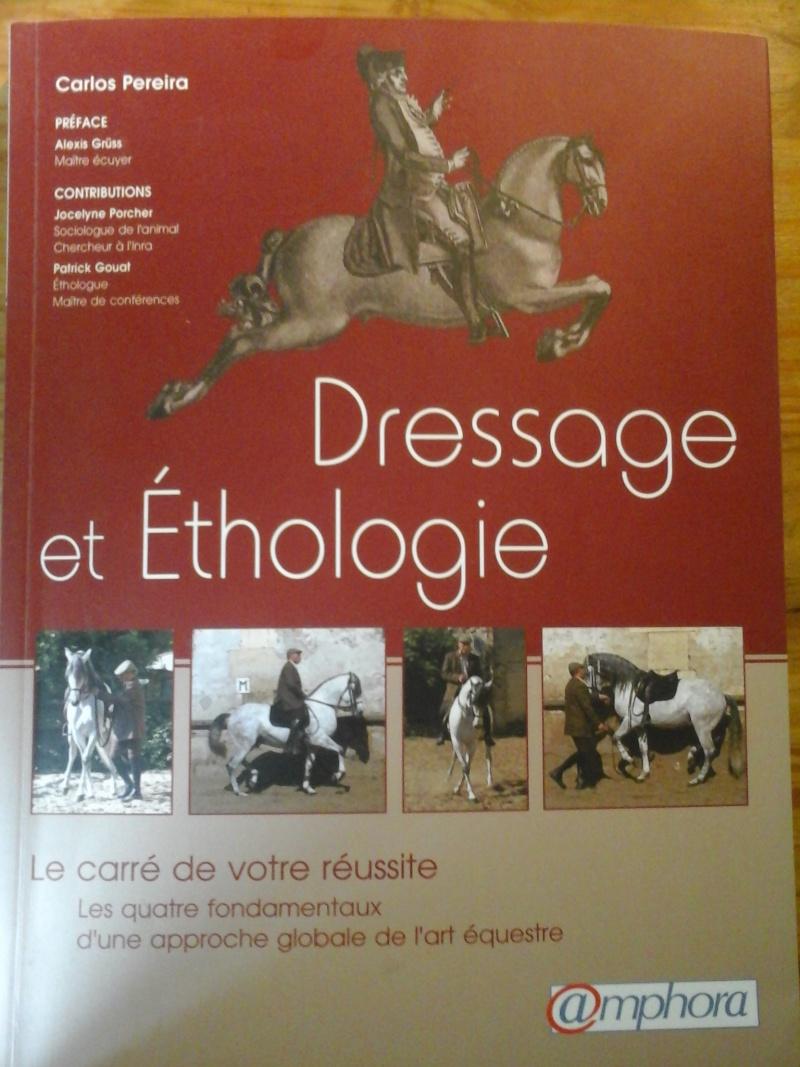 Vends livres et DVD d'équitation 20140713