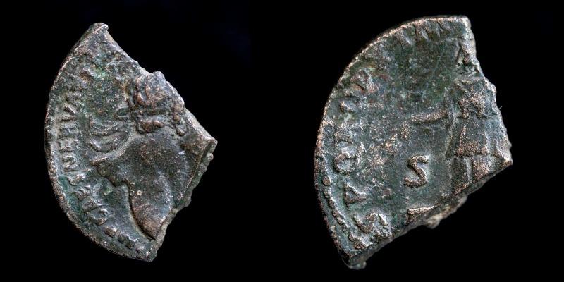 Fragments de monnaies - Page 3 Nerva-11