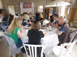 Pique-nique inter cafés polyglottes le samedi 28 juin 2014 (Souvenirs de la journée) P1000815