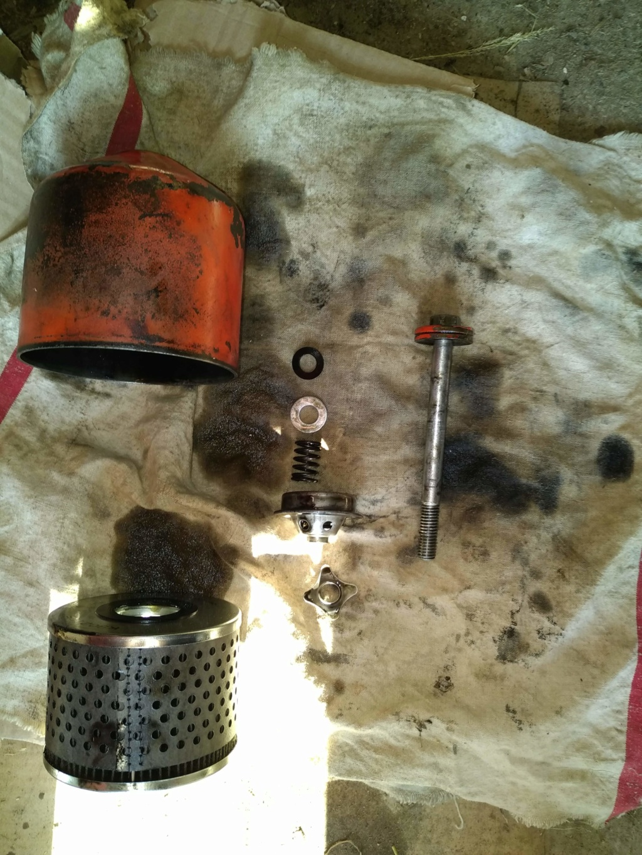 Huile - Fuite contacteur de pression d'huile david brown 990 Img_2011