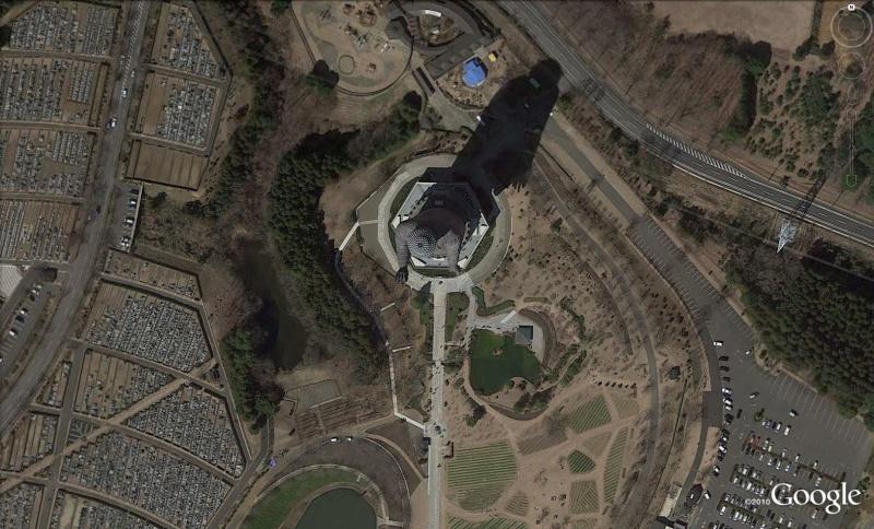 Les statues de Bouddha découvertes dans Google Earth B110