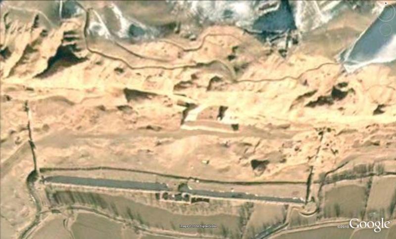 Les statues de Bouddha découvertes dans Google Earth B310