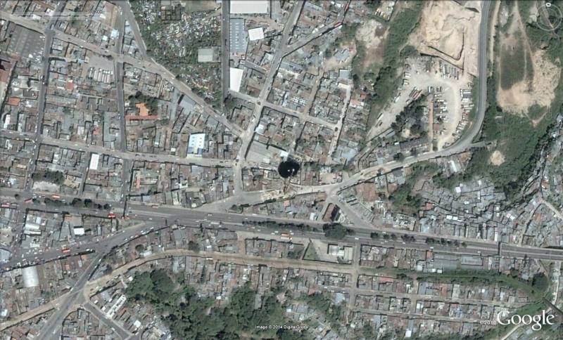 Trou géant à Guatemala City - Guatemala Trou210