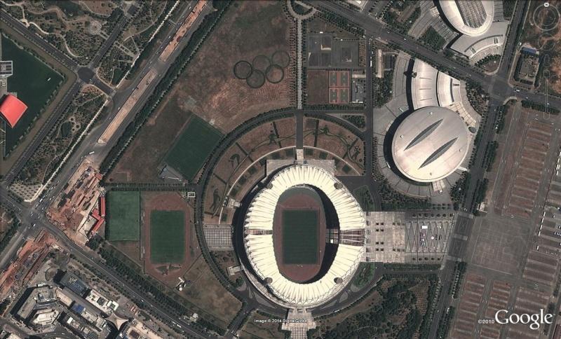 Stade (olympique ?) de Wuhan - Chine [sujet restauré] Whu10
