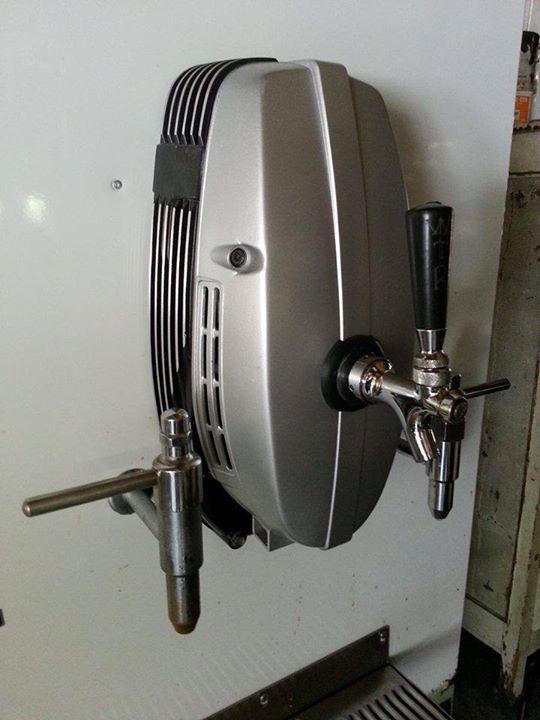 Pompe à biere 10422410