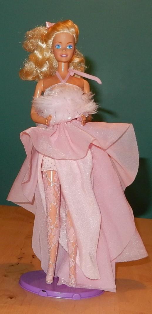 La collection de barbie de Mango - Page 2 Barbie35