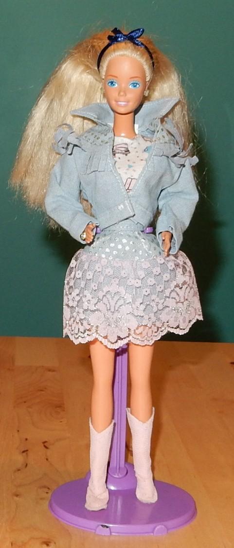 La collection de barbie de Mango - Page 2 Barbie36