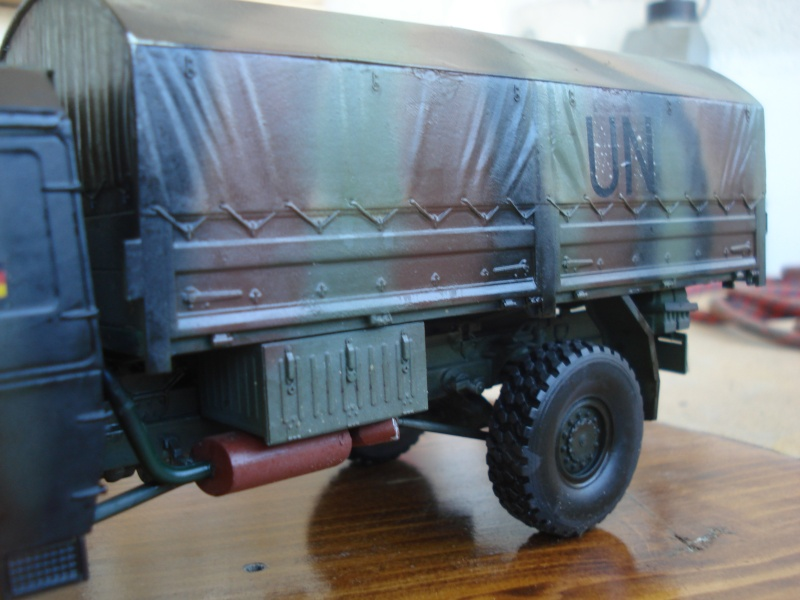 camion MAN 1/35 MARQUE REVELL  Dsc08310