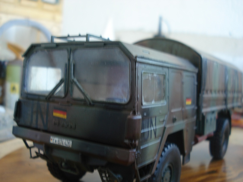 camion MAN 1/35 MARQUE REVELL  Dsc08311
