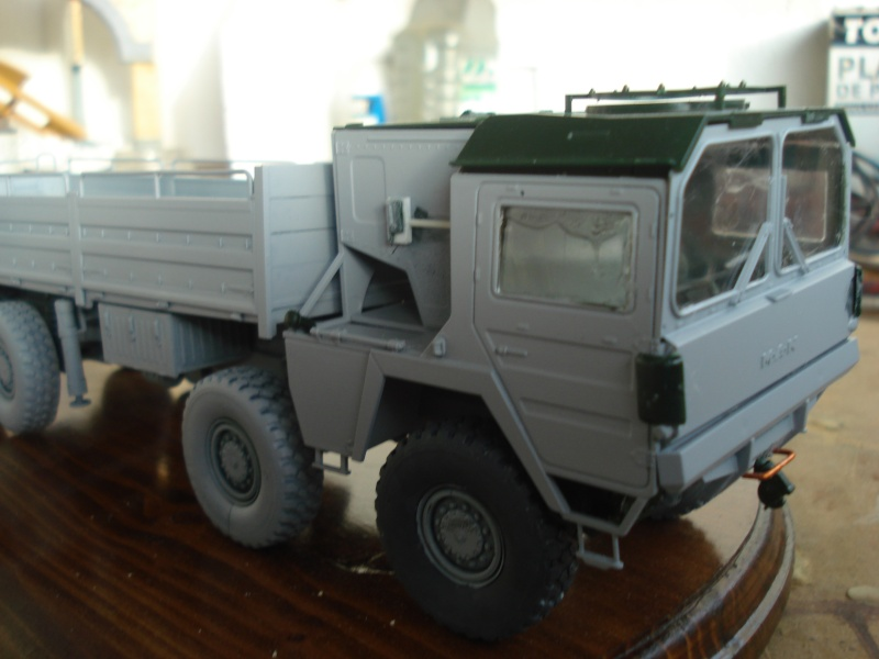 camion MAN 1/35 MARQUE REVELL  Dsc08315