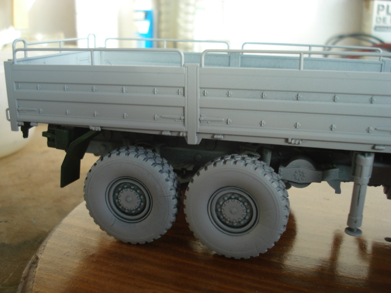 camion MAN 1/35 MARQUE REVELL  Dsc08316