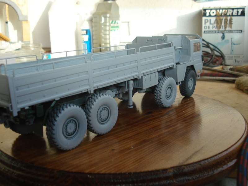 camion MAN 1/35 MARQUE REVELL  Dsc08317