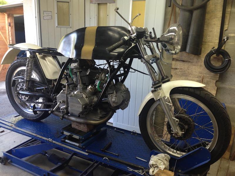 Ducat' 750 et 860 Coniques Img_3510