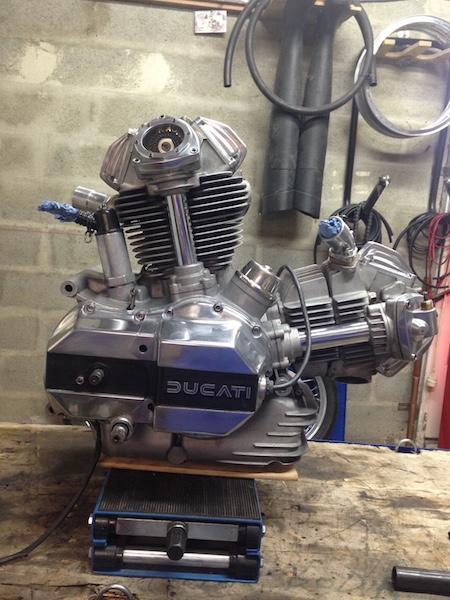 Ducat' 750 et 860 Coniques - Page 2 Img_3810