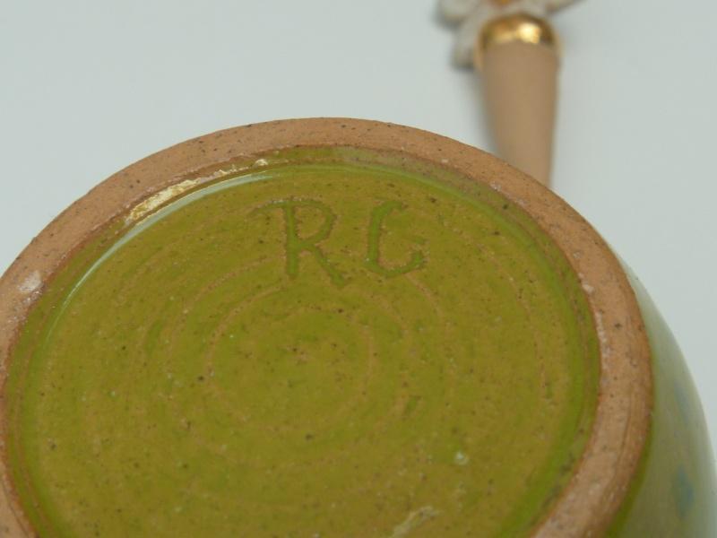 Daisy perfume bottle marked RC P1010541