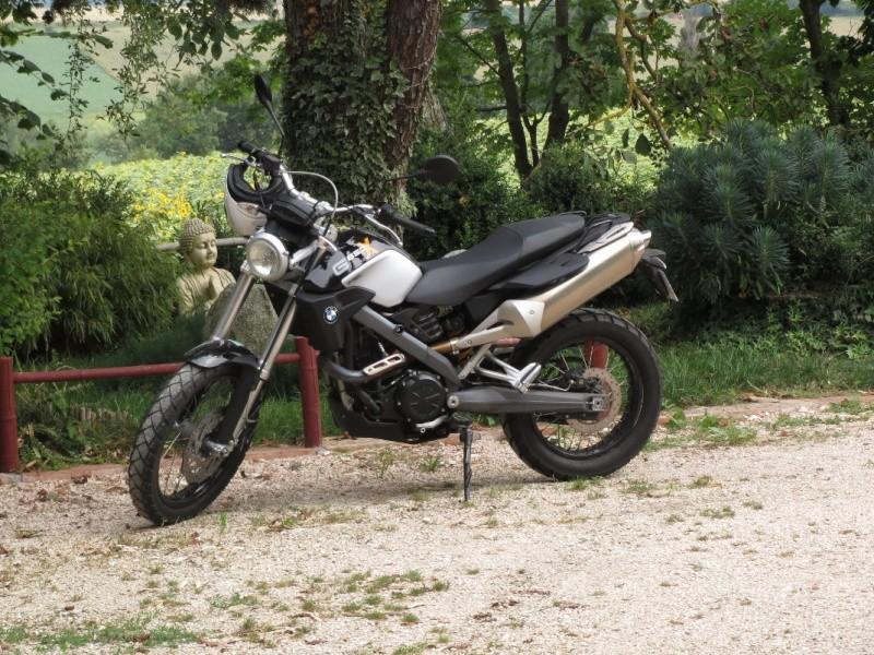 Mes motos de route et piste - Page 3 Xcount10