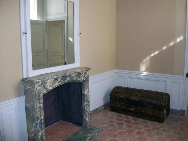 Le logement de Fersen au château de Versailles - Page 3 Apptfe15