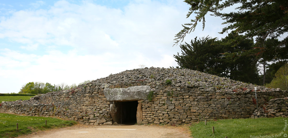 Les sites mégalithiques de Locmariaquer Table_12