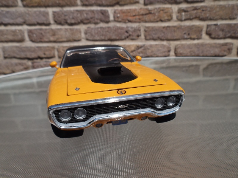 Plymouth GTX 1971 bahama Yellow. [smarties color : 1 - HOT STUFF-] Maquet15