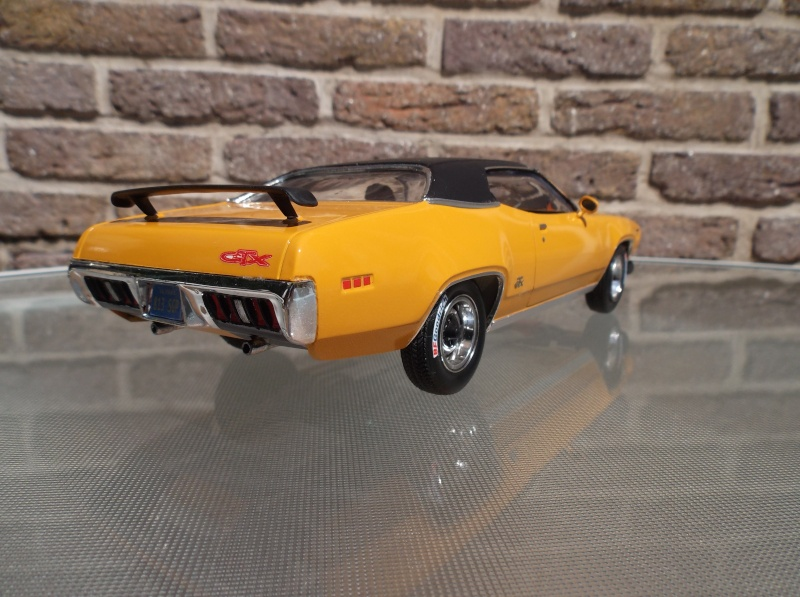 Plymouth GTX 1971 bahama Yellow. [smarties color : 1 - HOT STUFF-] Maquet17