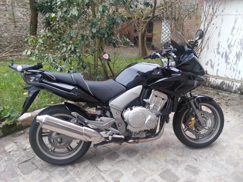 [VENDUE] Honda CBF 1000 ABS de 2007 - 27 000 km / gratz pilou-eye 89173510