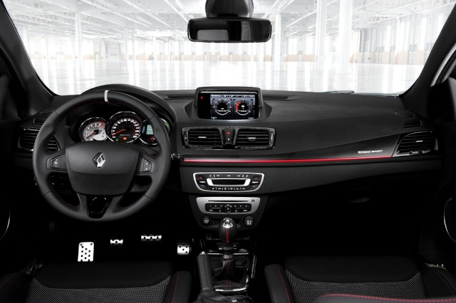 2012 - [Renault] Clio IV [X98] - Page 2 Renaul11