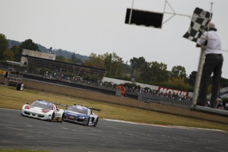 Championnat de France des circuits - FFSA GT et autres courses de support - Page 9 Nogaro10