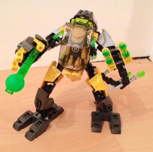[MOC] Concours été 2014 : Mini-robot blindé d'Evo 10603010