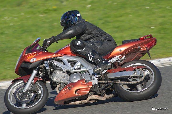 faites la liste de toutes les motos que vous avez possédé! - Page 3 40872_10