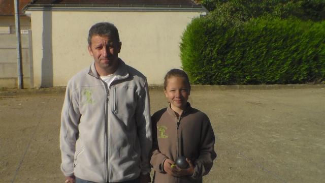 Trophée 1Jeune - 1Adulte à Gennes s/Glaize Sam_7216