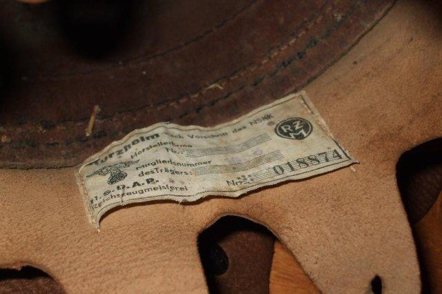 casque moto cuir identification 26038110