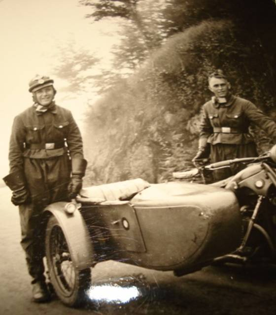 casque moto cuir identification Image010